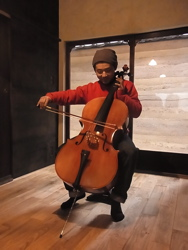 cello_katsukun.jpg